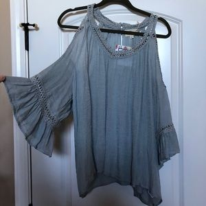 Tops - Cold shoulder blouse
